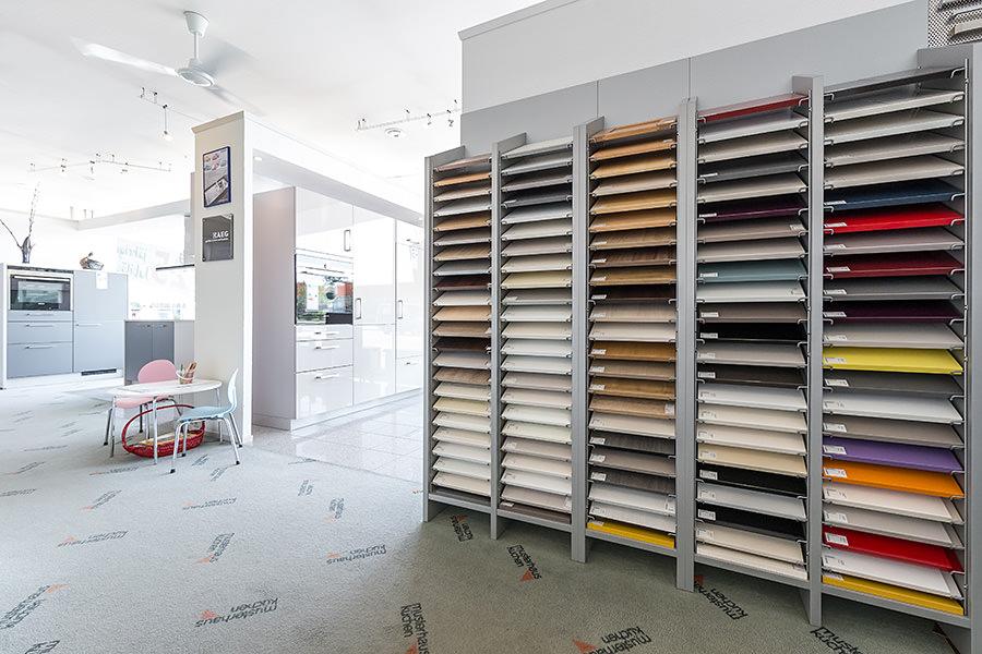 k chenecke bad kreuznach tische f r die k che. Black Bedroom Furniture Sets. Home Design Ideas